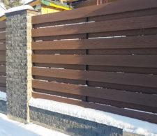 Забор из декоративной панели HolzDorf Impress